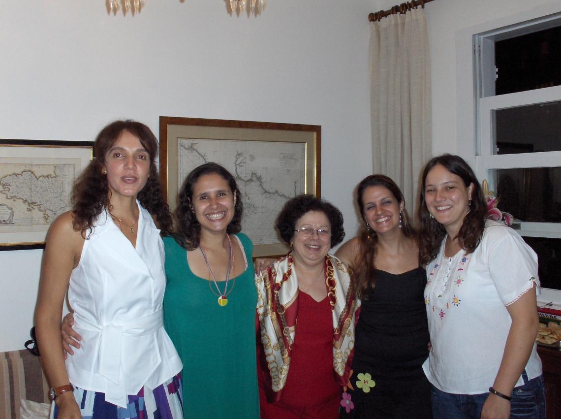 Carla, Carol, profa. Graça, Priscila e Fernanda