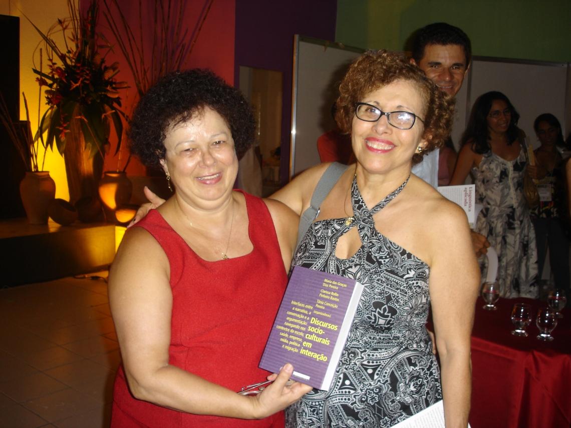 Profa. Graça e Profa. Stella Maris Bortoni-Ricardo (UnB)