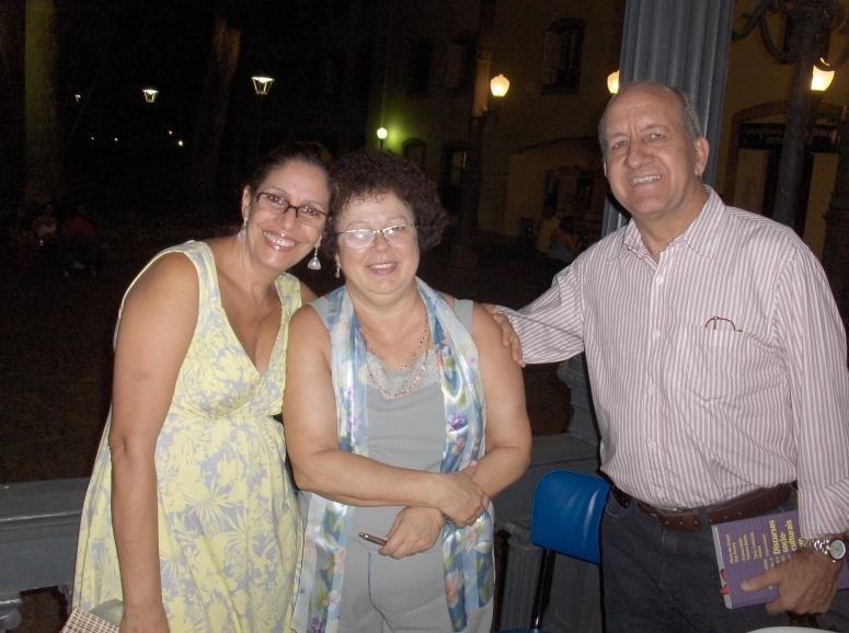Maria das Graças (autora) com casal Solange e Egon