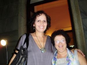 Sônia Rosa (autora) e Profa. Graça (autora-coordenadora)